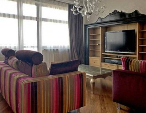 3 room apartment, Shevchenko district. Kiev