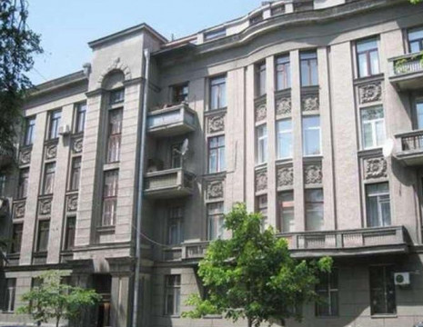 Rent three-room apartment 75m Pecherskiy district. Kiev