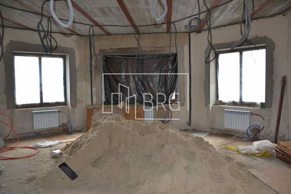 "House 1300 m2 with access to the water KG ""Golden Gate"", Obukhov district. Kiev region"