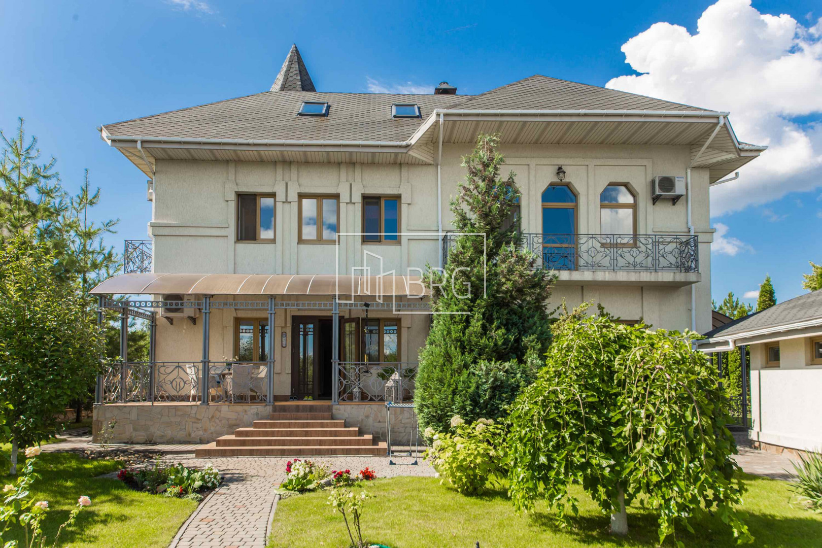 Kozin House with access to Kozinka and view of the reserve stop Dnieper. Kiev region