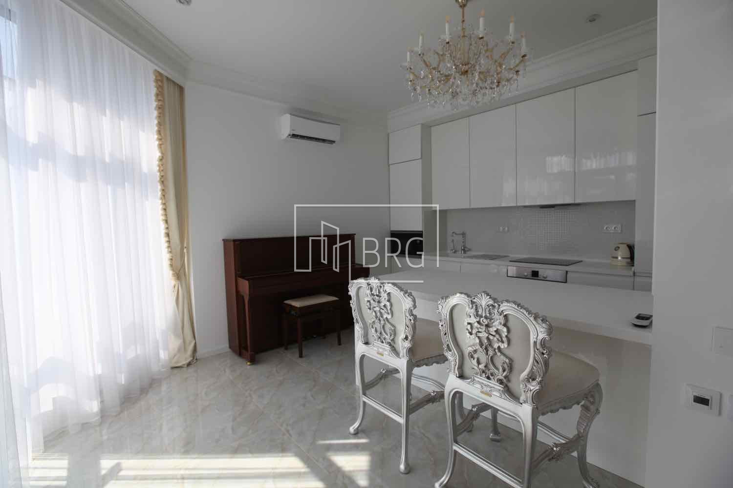 Sale 2-room apartment LCD PecherSKY. Kiev
