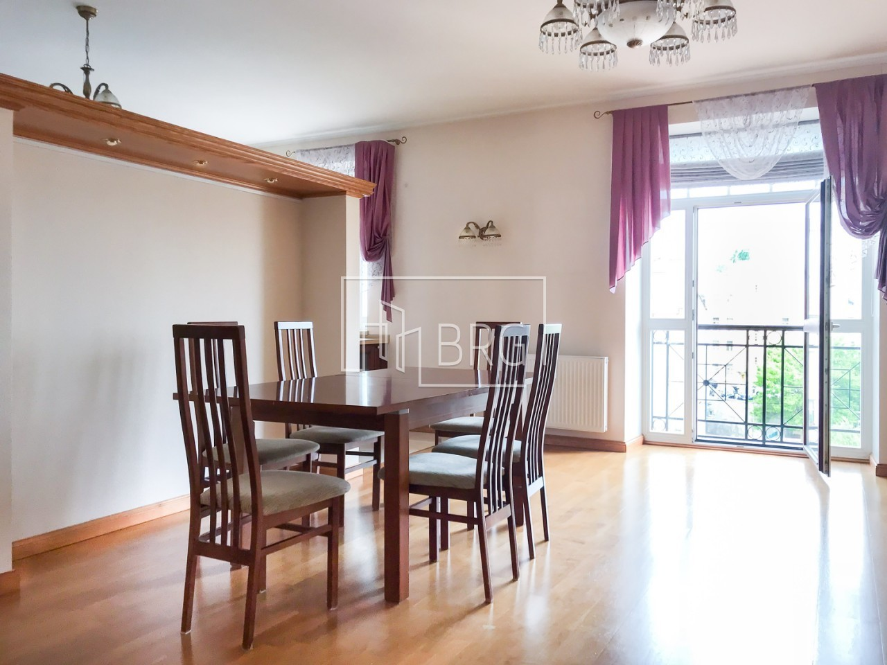 5 room apartment. Kiev