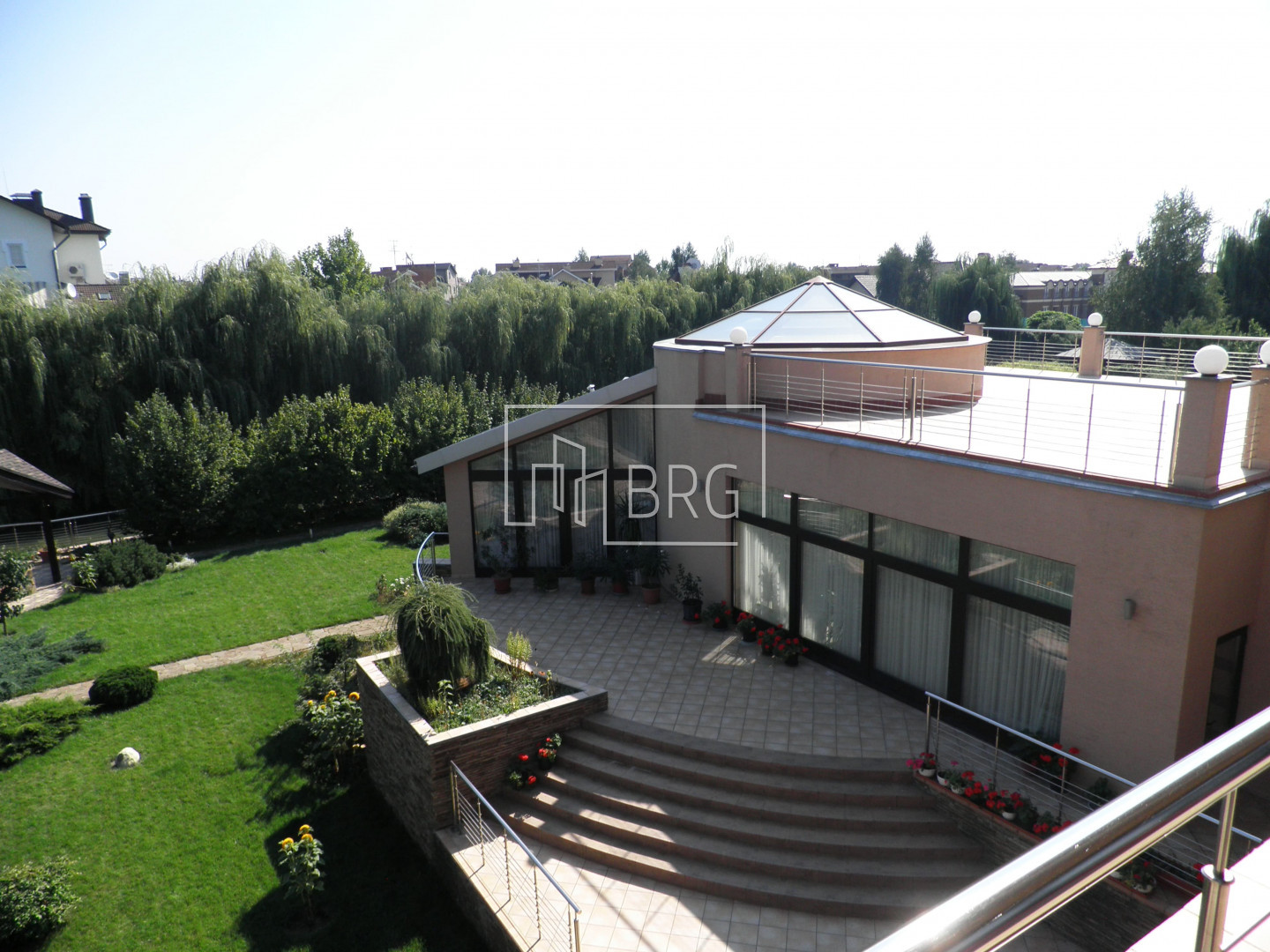 House KG Golden Gate 980m with access to the river Kozinka. Kiev region