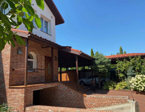 House 450m in Rudyki. Kiev region