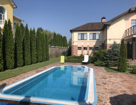 House 360m with pool s.Rudyki. Kiev region