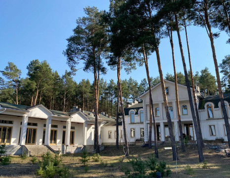 House 1500 m2, near Stugny River, Obukhov district. Kiev region